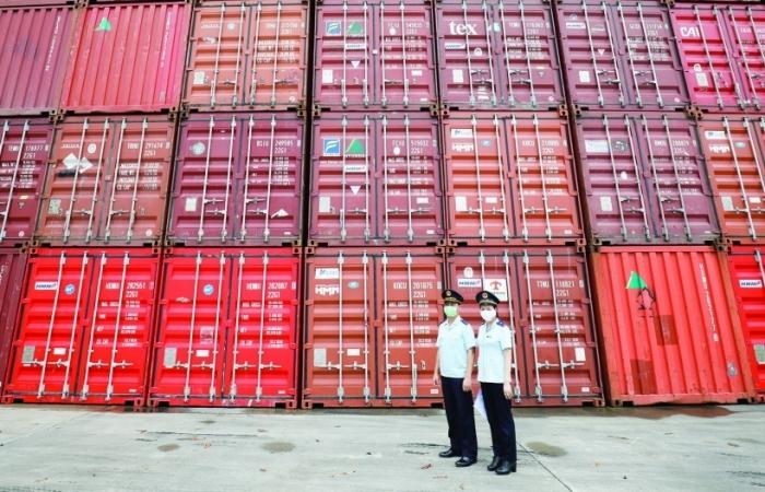 Thiếu container rỗng - doanh nghiệp xuất khẩu thêm khó khăn
