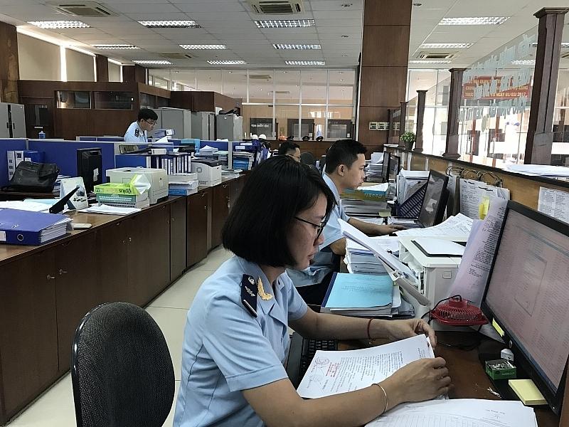 Hoạt động nghiệp vụ tại Hải quan Bà Rịa - Vũng Tàu. Ảnh: Nguyễn Huế