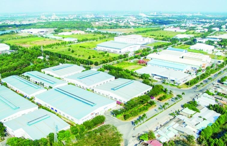 Dịch chuyển nhà máy về Việt Nam,  nhà đầu tư còn ngần ngại gì?