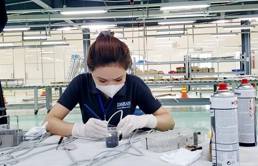 Doanh nghiệp tại các khu công nghiệp Đồng Nai nhanh chóng phục hồi sản xuất