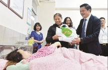 """Giám đốc bệnh viện Phụ sản Hà Nội Nguyễn Duy Ánh:  Người """"truyền lửa"""" cho nhiều thế hệ y, bác sỹ"""