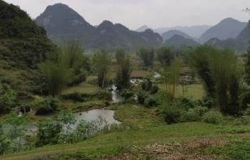 Hoang sơ thác Cò Là miền non nước Trùng Khánh