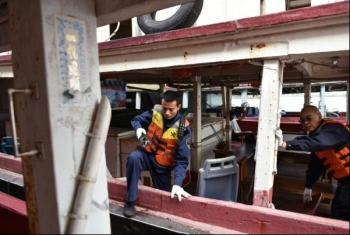 """Hải quan Trung Quốc phát hiện đường dây buôn lậu """"hồng dầu"""" lớn"""