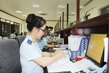 Hồ sơ nộp qua Hệ thống dịch vụ công trực tuyến của Hải quan tăng hơn 10 lần