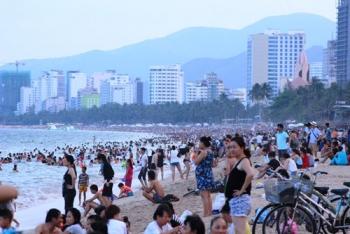Tour biển đảo hút khách dịp lễ