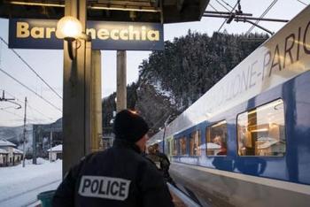 Căng thẳng sau cáo buộc nhân viên hải quan Pháp xâm nhập trái phép lãnh thổ Italia