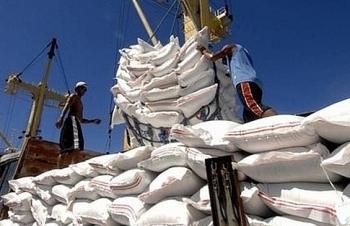 Hải quan tiếp tục hướng dẫn xử lý tờ khai của doanh nghiệp có gạo tồn ở cảng