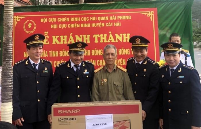"""Hải quan Hải Phòng hỗ trợ xây nhà """"Nghĩa tình đồng đội"""" tặng cựu chiến binh"""