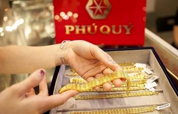 """Giá vàng trong nước """"tăng sốc"""" gần 1 triệu đồng/lượng"""