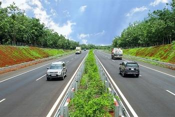 Thủ tướng chỉ thị đẩy nhanh giải phóng mặt bằng cao tốc Bắc - Nam