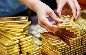 Giá vàng vượt mốc 1.700 USD/ounce, cao nhất trong 7 năm