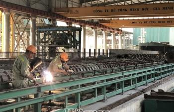 Sản xuất công nghiệp tháng 11 tăng 5,4%, thấp nhất từ đầu năm