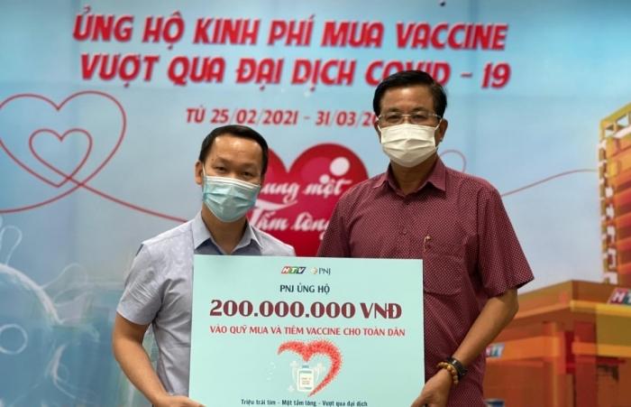 PNJ ủng hộ kinh phí mua vắc xin Covid-19 cho người dân