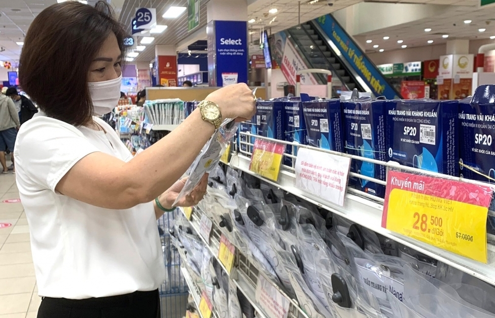 Saigon Co.op giảm giá hơn 10 nghìn nhu yếu phẩm và sản phẩm chống dịch