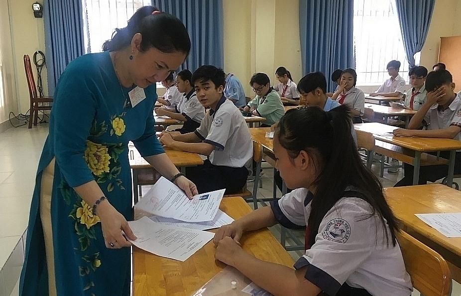 Sở GD-ĐT TPHCM đề xuất xét tuyển sinh lớp 10 cả hệ thường và hệ chuyên