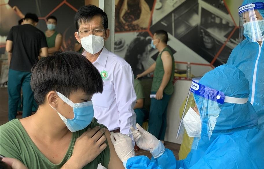 TPHCM kích hoạt các đội tiêm vắc xin Covid-19 lưu động