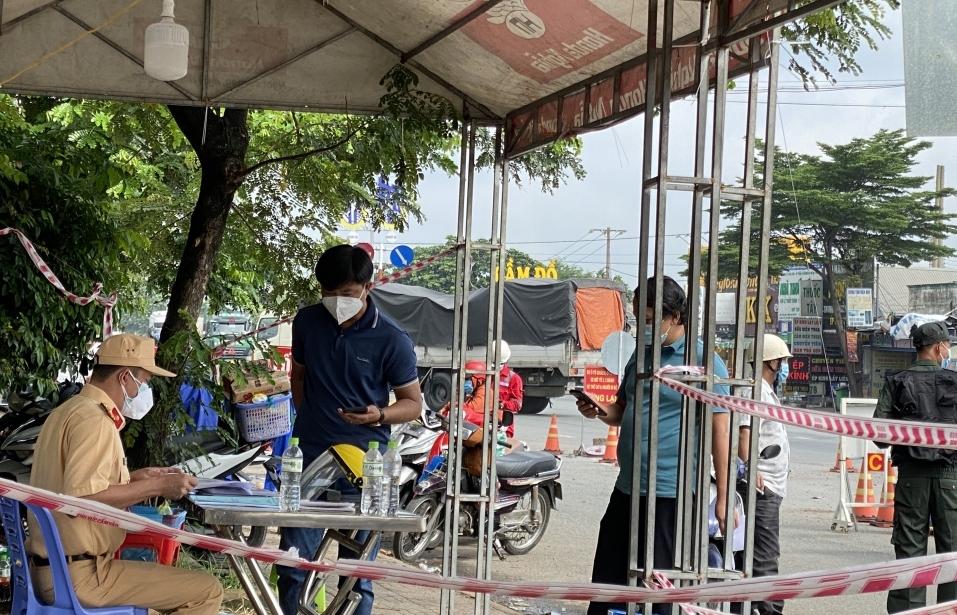 TPHCM hướng dẫn người dân đăng ký di chuyển liên tỉnh trong trường hợp cần thiết