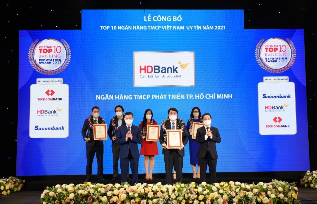HDBank khẳng định vị thế top 5 ngân hàng uy tín nhất Việt Nam