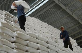 Bộ Công Thương kiến nghị dừng xuất khẩu gạo bằng hạn ngạch từ 1/5