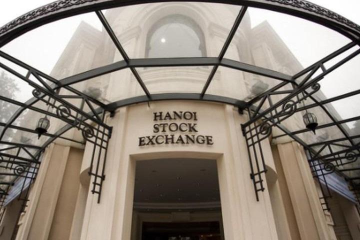 HNX: Giá trị vốn hóa thị trường tháng 3 tăng 18,4%