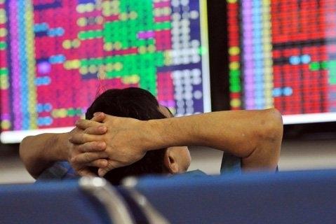 Hạn chế bắt đáy khi thị trường chưa có một dấu hiệu hồi phục