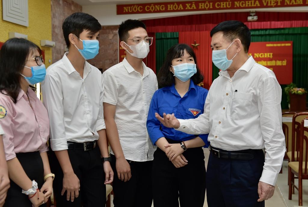 Bộ trưởng Hồ Đức Phớc tiếp xúc cử tri tại Đại học Quy Nhơn, Bình Định