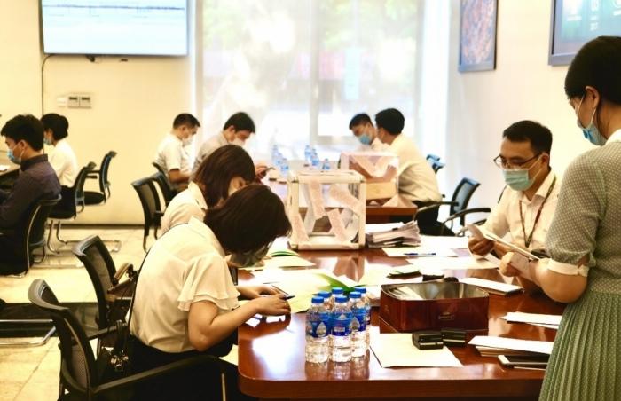 CTCP Nhựa Việt Thành bán hết 100% cổ phần chào bán