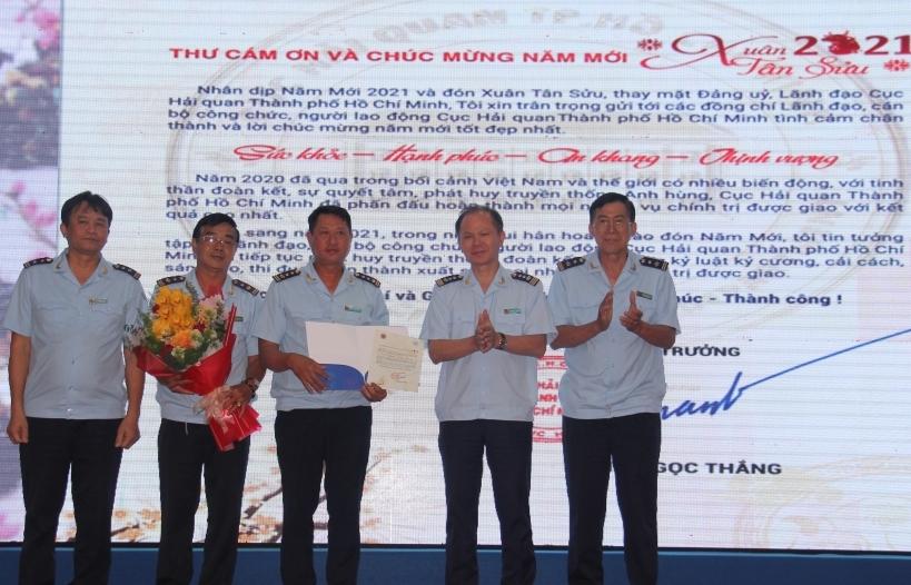 Hải quan cảng Sài Gòn khu vực 1 chống thất thu ngân sách hiệu quả