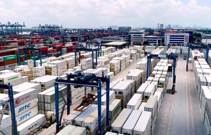 Khuyến cáo doanh nghiệp có kịch bản ứng phó với việc thiếu container rỗng