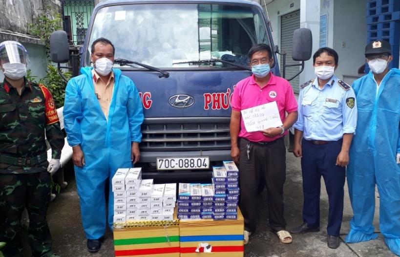 Xe tải luồng xanh chở thuốc lá lậu