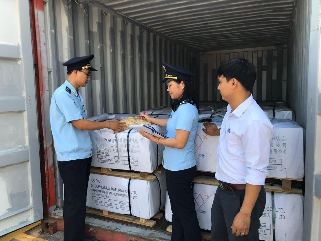 Thí điểm hệ thống miễn thuế nhập khẩu hàng phục vụ an ninh, quốc phòng