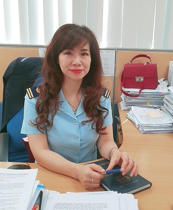 bà Lê Nguyễn Việt Hà - Phó Trưởng phòng Giám quản 1 (Cục Giám sát quản lý về hải quan).