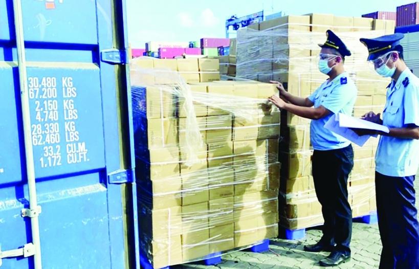 Hải quan TP Hồ Chí Minh cần bố trí đủ công chức tại các bộ phận nghiệp vụ