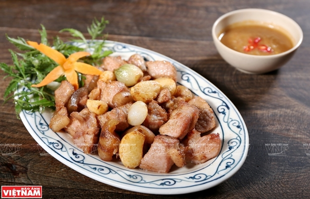 Hương vị thơm ngọt nức tiếng của món bê chao Mộc Châu