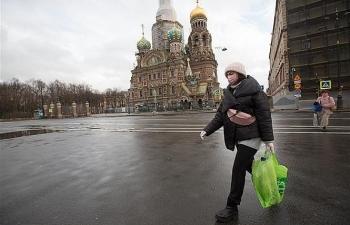 """Covid-19: """"Cú sốc lớn"""" đối với Nga và phép thử bản lĩnh của ông Putin"""