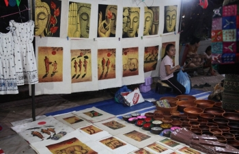 Làng nghề làm giấy Saa truyền thống - điểm đến độc đáo ở Luang Prabang