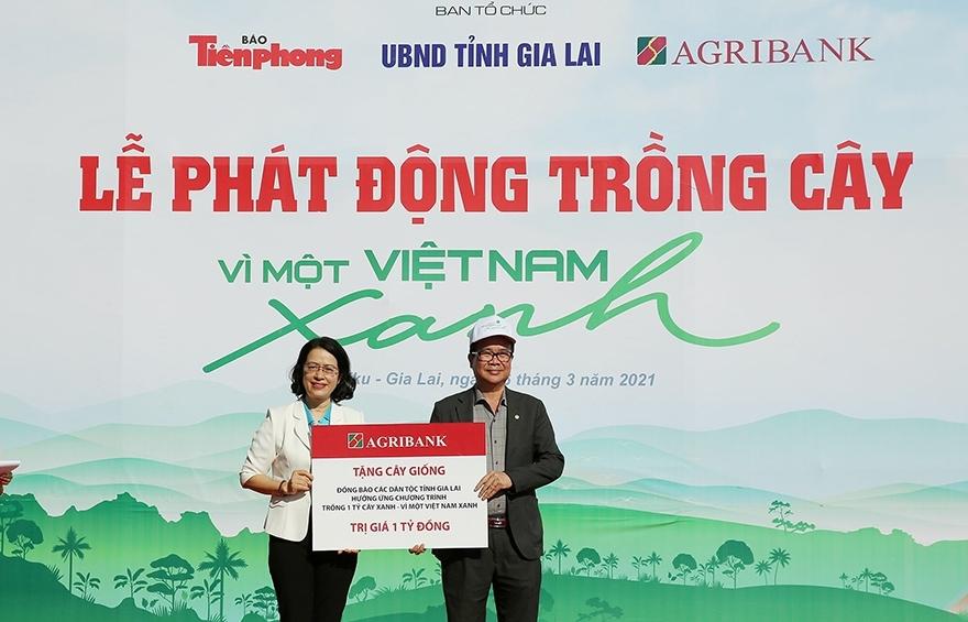 Agribank: Tự hào góp thêm trang sử vẻ vang 70 năm Ngân hàng Việt Nam