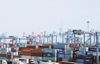 Tổng công ty Tân cảng Sài Gòn miễn, giảm nhiều chi phí cho doanh nghiệp