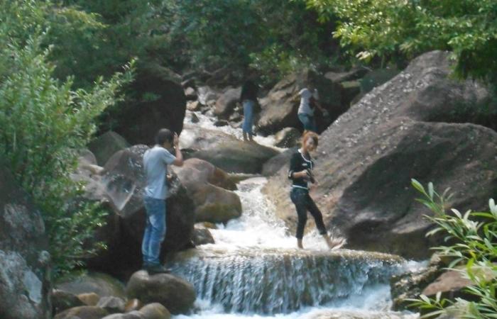 Quyến rũ suối nước Lang