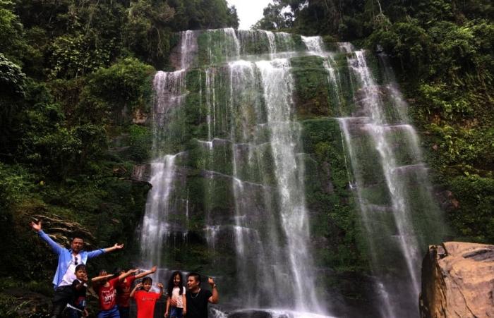 Lên đại ngàn khám phá thác Bạc Sông Lẫm