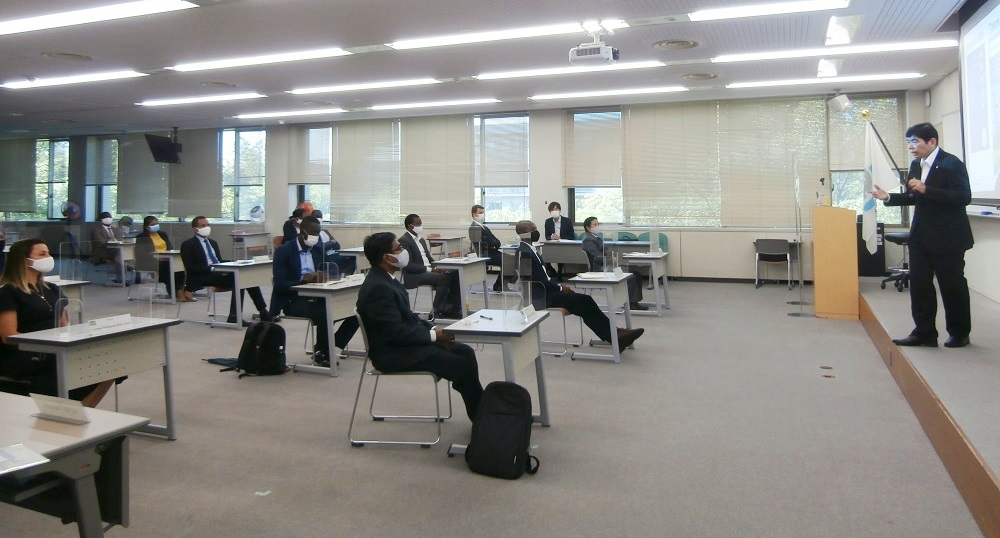 Eighteen scholars attended the lecture by WCO SG Kunio Mikuriya