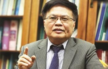 """TS.Nguyễn Đình Cung, Nguyên Viện trưởng Viện Nghiên cứu và quản lý kinh tế Trung ương (CIEM):  Nhà nước đừng lo """"quản"""",  hãy lo thúc đẩy kinh doanh"""