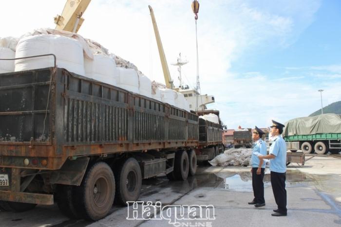 Hải quan Hà Tĩnh thu ngân sách sụt giảm tới 38,73%