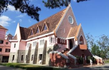 Nét đặc trưng kiến trúc cổ  nhà thờ Domain de Marie
