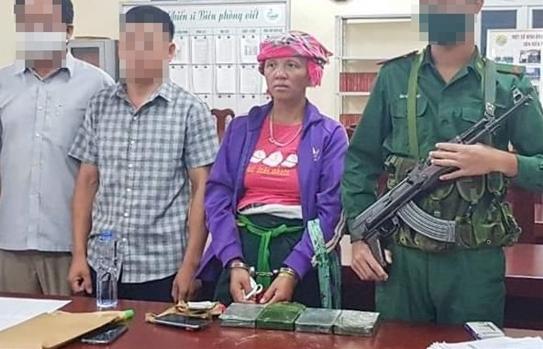 Chặn đứng vụ vận chuyển 4 bánh heroin từ Lào về Việt Nam