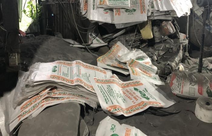 Triệt xóa tụ điểm sản xuất phân bón giả tại Đồng Nai