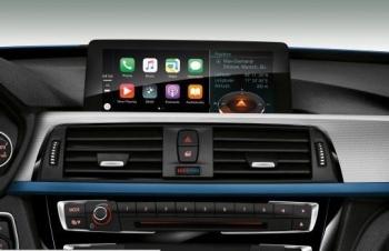 Sử dụng Apple CarPlay, Android Auto khi lái xe nguy hiểm hơn say rượu