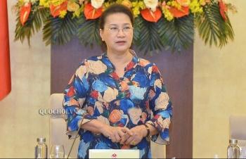 Chủ tịch Quốc hội: Bỏ sổ hộ khẩu, giảm bớt thủ tục cho dân nhờ!