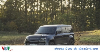 Land Rover Defender 2020 góp mặt trong phim James Bond