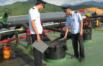 Quy trình mới về thủ tục hải quan đối với xăng dầu XNK, tạm nhập tái xuất